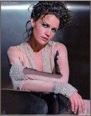 "Carla Gugino She was the eponymous star of the ABC drama Karen Sisco, as well as Michael J. Fox's love interest in the sitcom Spin City. Foto 7 (Карла Гуджино Она была звездой одноименной драме ABC Карен Сиско, а также Майкл Дж. Фокс ""любовь с интересом в ситкоме Spin City. Фото 7)"