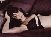 Mia Kirshner The L-Word Promo shots.. if you guys don't watch this show.. you should.. lesbians gone wild should be the new name of it.. lol.. Foto 15 (Миа Киршнер The L-Word Promo выстрелы ..  Фото 15)