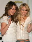 Hilary Duff Hillary promoting Ice Breakers Foto 19 (Хилари Дафф Хиллари содействия Ice Breakers Фото 19)