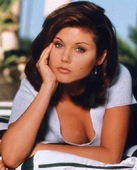 Tiffany Amber Thiessen FHM - May 2001 Foto 51 (������� ������ FHM - ��� 2001 �. ���� 51)