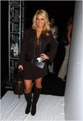 """Jessica Simpson Arriving at the Newlyweds wrap party at Cafe Med 3/2005: Foto 204 (Джессика Симпсон Прибыв на стороне упаковки молодоженов в кафе """"Мед 3 / 2005: Фото 204)"""