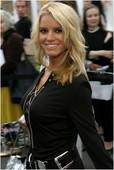 """Jessica Simpson Arriving at the Newlyweds wrap party at Cafe Med 3/2005: Foto 203 (Джессика Симпсон Прибыв на стороне упаковки молодоженов в кафе """"Мед 3 / 2005: Фото 203)"""