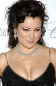 Jennifer Tilly holy cleavage batman Foto 31 (Дженнифер Тилли Святейший Batman расщепление Фото 31)