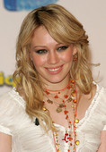 Hilary Duff Hillary promoting Ice Breakers Foto 18 (Хилари Дафф Хиллари содействия Ice Breakers Фото 18)