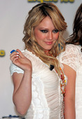 Hilary Duff Hillary promoting Ice Breakers Foto 16 (Хилари Дафф Хиллари содействия Ice Breakers Фото 16)